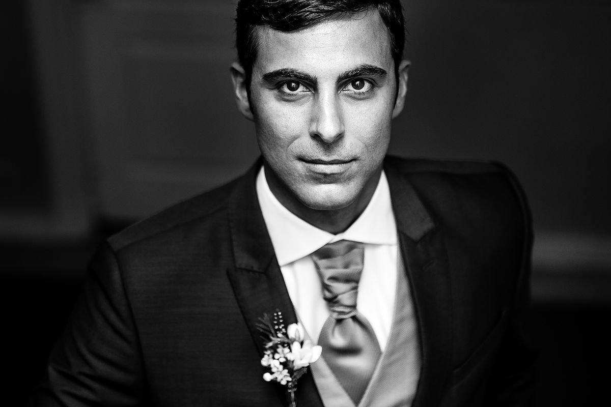 Fotógrafos de boda en Donostia. Retrato de novio