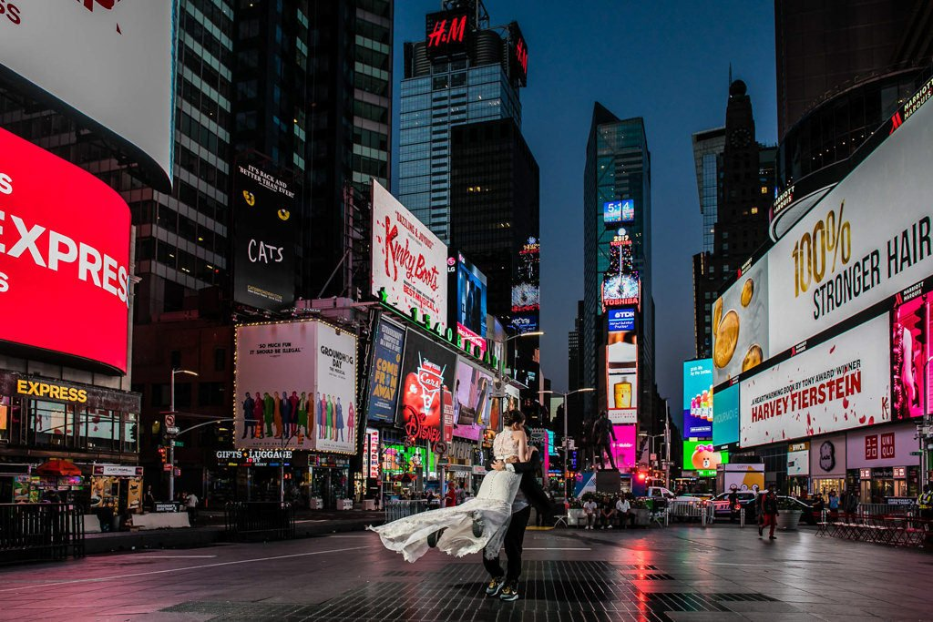 Foto de boda en Times Square. Nueva York