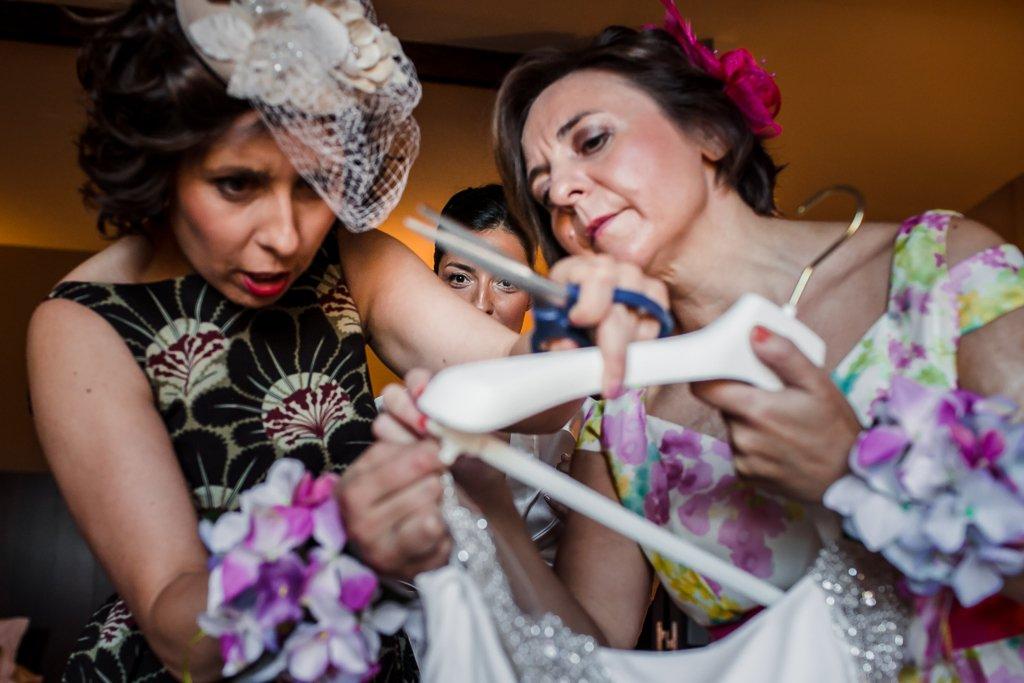Preparativos de novia. Fotógrafos de boda en Salamanca