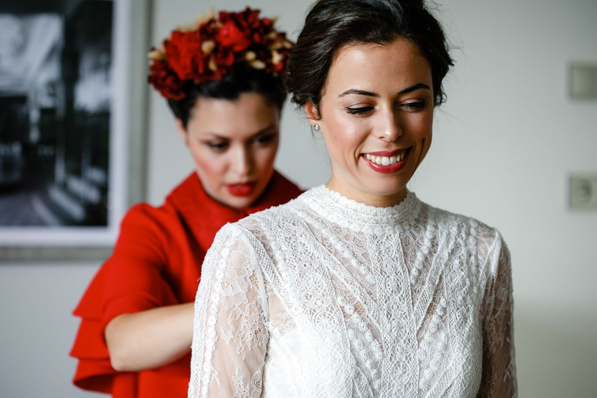 preparativos de boda en bodega katxiña